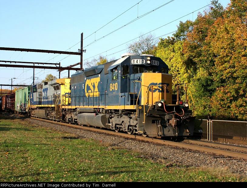 CSX 8410 on Q418